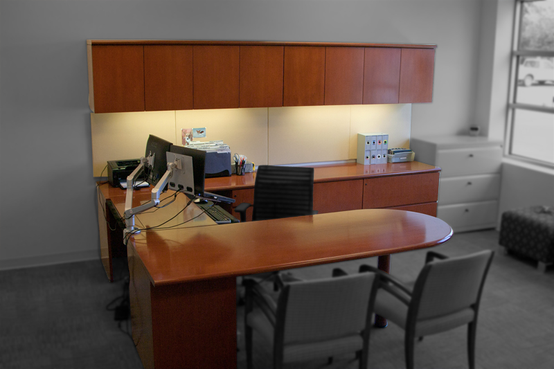 Geiger U Shaped Maple Executive Desk Image