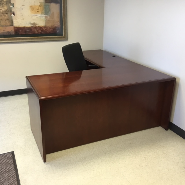 National Office Arrowood Executive Desk Veneer Image